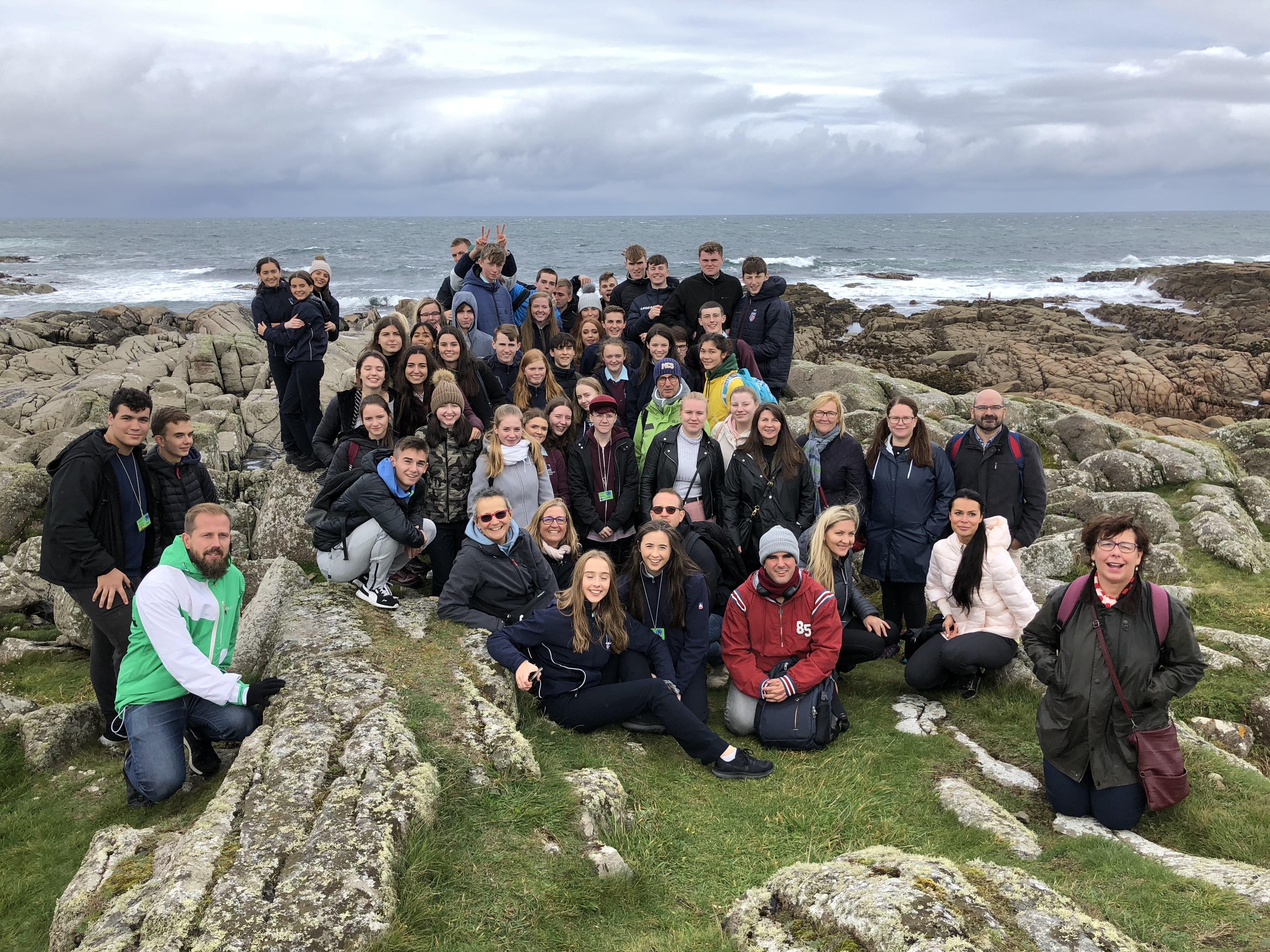 """Erasmus+ projekto """"A Shared Time for Reading in Europe""""susitikimas AirijojeLoreto Community mokykloje"""