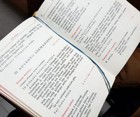Šv. Mišios Advento sekmadieniais