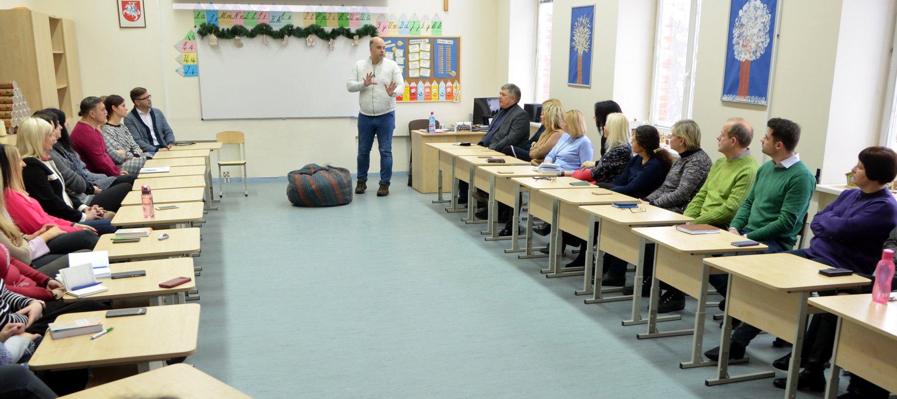 """Seminaras ,,Saugios mokyklos kūrimas: nuo patyčių link bendruomenės"""""""