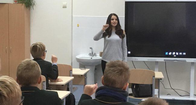 Europos kalbų diena su gestų kalbos vertėja